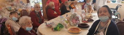 Cadeaux « maison » et « fait mains » pour les blouses roses